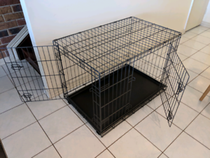 Dog Crate / Kennel Cover - 2 doors - Fits medium dog