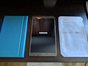 Samsung Galaxy Tab S - 8.4 inch w 32GB MicroSD Card