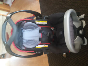 Baby trend car seat mint condition