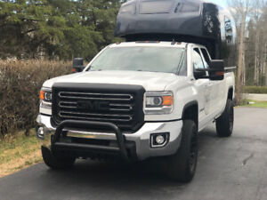 GMC Sierra 2500HD 2017 4x4 SLE Pickup Truck - Transfert location