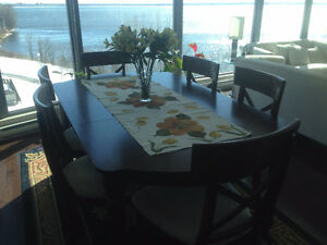 1 Dinning Table & 6 chairs