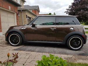 2011 MINI Mini Cooper S Coupe (2 door)