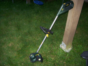 CORDLESS GRASS TRIMMER (MISSING BATTERY)