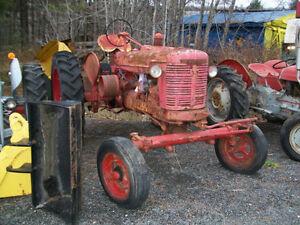 tracteur antique farmall oliver ferguson reneault ect