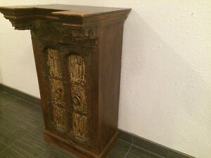 Cabinet antique - dimensions max : 26X21X44