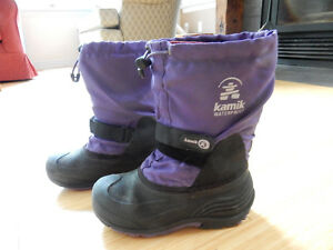 Kamik winter boots size 3