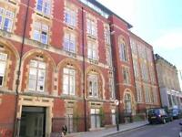 2 bedroom flat in Unity Street, City Centre, Bristol, BS1 5HH