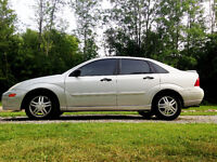 MINT 2001 FORD FOCUS LOW KM
