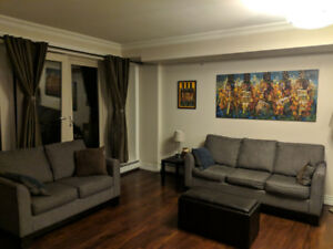 1 Bedroom + Den & Two Bathrooms - close to Bayer's Lake