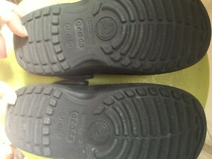 Crocs kids sandals size 12-13 West Island Greater Montréal image 2