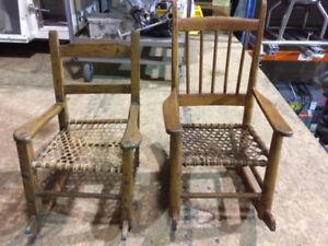 Petites chaises berçantes antiques - Small Antique rocking chair