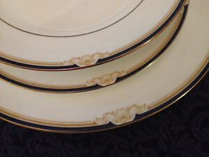 Wedgwood Cavendish 36 pc Dinner Set Swan View Swan Area Preview