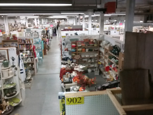 Canada's largest garage sale 1000 booths to explore