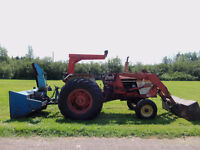 72HP Case Tractor with snowblower and loader