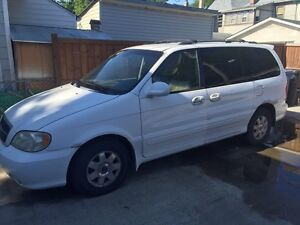 2002 kia sedona as is