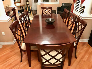 DINNING ROOM SET WITH 10 CHAIRS