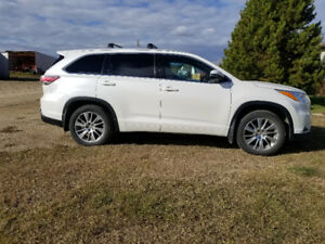 2015 Toyota Highlander XLE AWD 8pas Great Condition