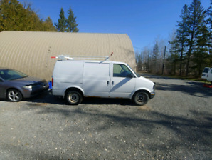 2000 Chevrolet Astro SAFETIED