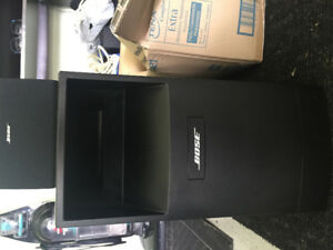 BOSE 10 ACOUSTIMASS HOME THEATER + AMPLIFIER