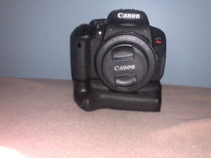 Canon T5i+3 lenses+flash