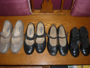 girls tap shoes (4 pairs $5 each)