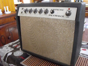 Epiphone Guitar Amp c/w footswitch