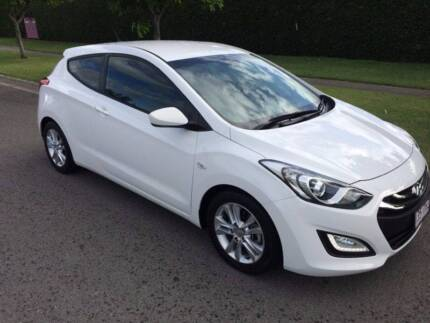 2013 MANUAL SE EDITION HYUNDAI i30 3 DOOR HATCHBACK, 9 LEFT