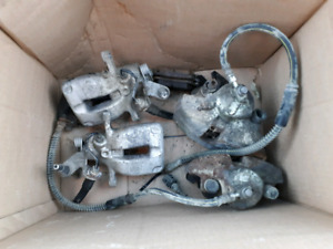 2006 Jetta TDI Front calipers and brake pads barely used.