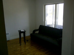 4 1/2 for Rent Laval 1st JUNE