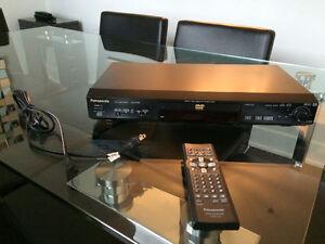 Lecteur DVD Panasonic DVD-RD32 de très haute qualité à vendre