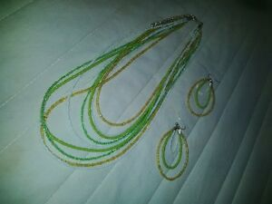 green, gold (yellow), white necklace and earings. Kitchener / Waterloo Kitchener Area image 2