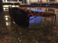 Oakley Holbrook sunglasses in tortoise brown