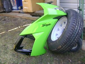 2010-2012 KAWASAKI ZX-10 BODY WORK (BRAND NEW)