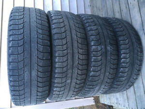 Four 215/60R17 Michelin X-Ice Winter Tires Excellent Tread