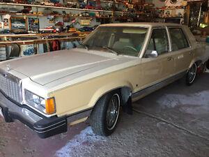 1982 Ford Granada