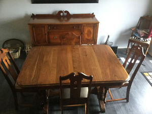 Antique table 6 chairs and buffet