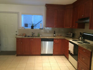 Immaculate 2 bedroom unit in PRIME LOCATION