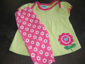 Girl's 3/6 months 2pcs outfit