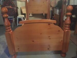 ***Solid wood bedroom set with pillow top mattress***