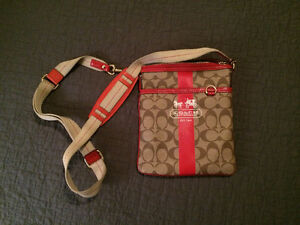 #TELUSHelpsMeSell Coach Cross Body Bag