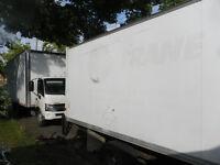 louer camion tout inclu chauffeur ,gas30$/h/taxes incluses