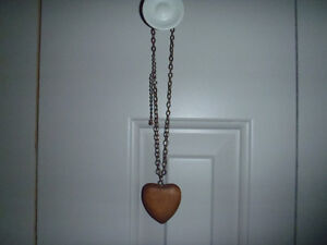 Wooden, Heart, Pretty, Delicate, Metal, Chain: brown, silver