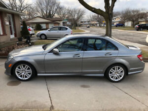 2011 Mercedes C250 4Matic