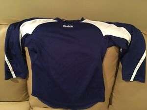 Youth S/M Hockey Practice Jersey