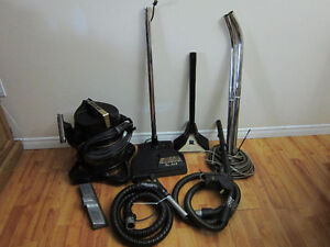 Rainbow D4C SE Canister Vacuum Cleaner Package W/Accessories