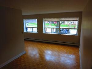 2 Bedroom - near amenities - Close to Hamilton GO