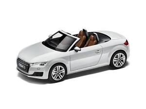Genuine Audi New Tt Roadster Mk3 1 43 Scale Model Car Glacier White Ebay