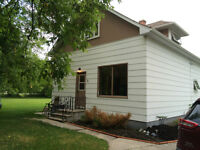 Move In Ready 4 Bedroom Home in Teulon