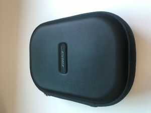 Bose wireless QC35 noise cancelling headphones