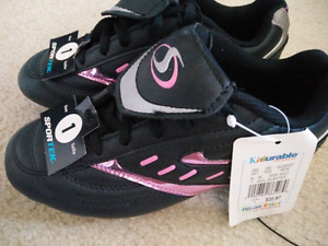 Brand new children soccer cleat